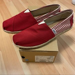 BNWT TOMS Red and white striped university shoes